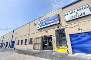 Simply Self Storage - Dallas, TX - Hargrove Dr