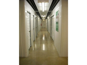 Image of Extra Space Storage - Crest Hill - Larkin Av Facility on 1812 North Larkin Avenue  in Crest Hill, IL - View 3