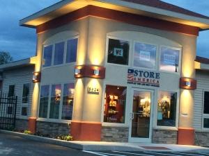Store America - NY