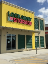 Lockaway Storage - Woodlake