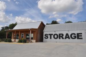 Lockaway Storage - Hwy 46