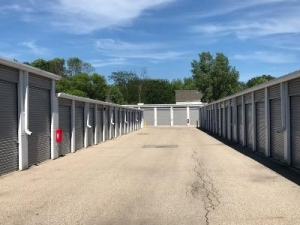 Life Storage - Algonquin - Photo 7