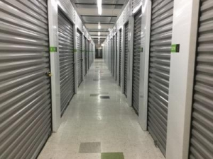 Life Storage - Chicago - West Addison Street - Photo 5