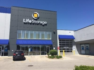 Life Storage - Aurora - North Randall Road - Photo 1