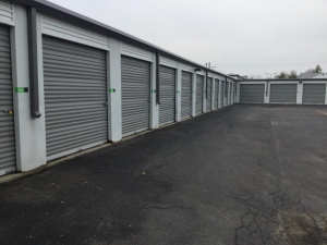 Life Storage - Morton Grove