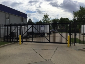 Image of Life Storage - Addison Facility on 426 South Westgate Street  in Addison, IL - View 3