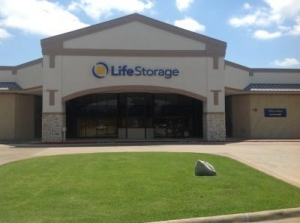 Life Storage - Arlington - South Bowen Road