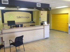 Life Storage Arlington South Bowen Road Arlington