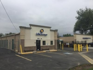 Life Storage - Boulder - 6338 Arapahoe Avenue - Photo 1