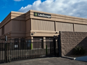 Life Storage - North Las Vegas - Berg Street