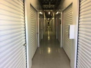 Life Storage - Las Vegas - Dean Martin Drive
