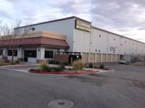 Life Storage - Las Vegas - Farm Road