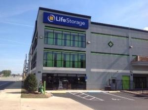 Life Storage - Longwood