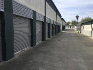 Picture of Life Storage - Sacramento - El Camino Avenue