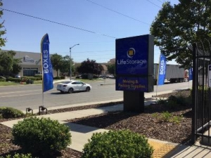 Life Storage - Sacramento - Fruitridge Road - Photo 2