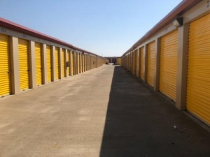 Life Storage - Sacramento - Fruitridge Road - Photo 3