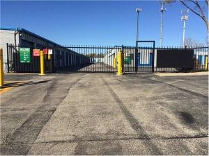 Image of Extra Space Storage - Mundelein - S Lake St Facility on 1510 South Lake Street  in Mundelein, IL - View 2