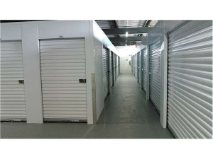 Extra Space Storage - Evanston - Greenwood St - Photo 2