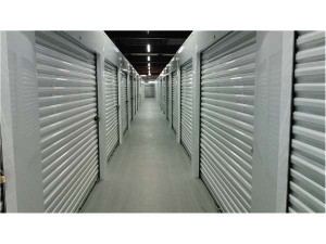 Extra Space Storage - Evanston - Greenwood St - Photo 3