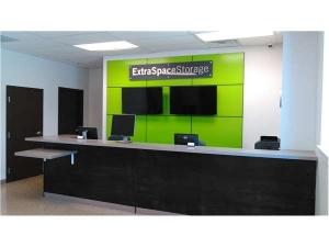 Extra Space Storage - Evanston - Greenwood St - Photo 4