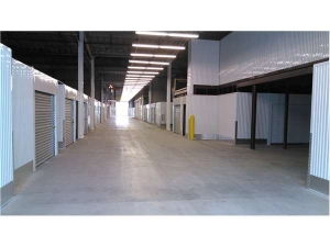 Image of Extra Space Storage - Milwaukee - Capitol Dr Facility on 532 East Capitol Drive  in Milwaukee, WI - View 2