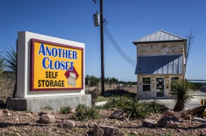 Another Closet - Bandera by Move It Self Storage