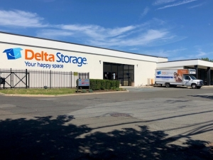 Delta Storage - Bayonne - 69-71 New Hook Road
