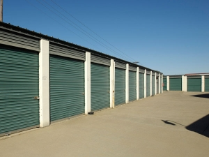 Image of Extra Space Storage - Arlington - E Pioneer Pkwy Facility on 1908 East Pioneer Parkway  in Arlington, TX - View 2
