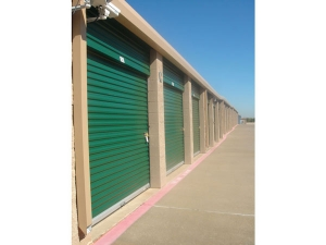 Image of Extra Space Storage - Euless - Mid-Cities Blvd Facility on 701 East Mid Cities Boulevard  in Euless, TX - View 2