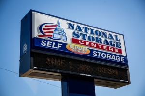 National Storage Centers - Warren
