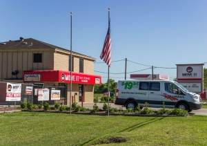 View Larger Move It Self Storage   Pearland / Friendswood   Photo 12