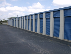 Move It Self Storage - Getwell - Photo 4