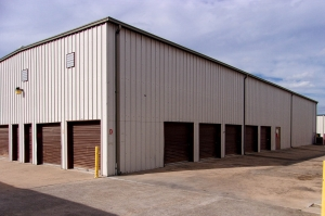 US Storage Centers - Austin - 201 West Stassney Lane - Photo 2