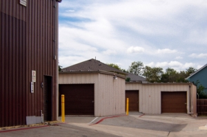 US Storage Centers - Austin - 201 West Stassney Lane - Photo 5