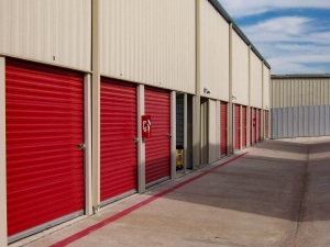 US Storage Centers - Austin - 201 West Stassney Lane - Photo 8