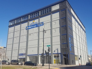 Life Storage - Milwaukee - West Saint Paul Avenue Facility at  420 West Saint Paul Avenue, Milwaukee, WI