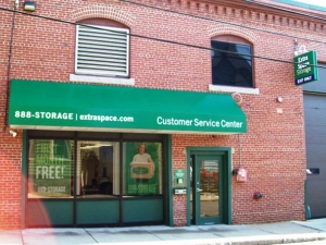 Extra Space Storage - Somerville - Somerville Av