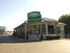 Extra Space Storage - Plainville - Taunton St