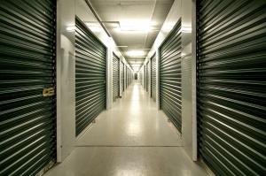 Prime Storage - Avon - 910 Nottingham - Photo 3