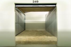 Prime Storage - Avon - 910 Nottingham - Photo 6