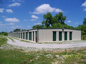 M & L Storage - Waterloo - Photo 1