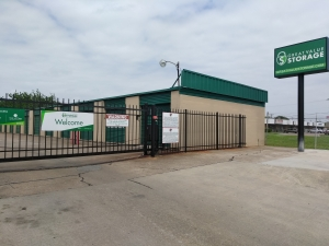Great Value Storage - Texas City, Loop 197 - Photo 2