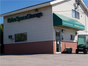 Extra Space Storage - Manchester - Candia Rd