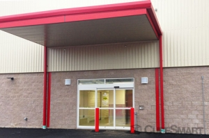 CubeSmart Self Storage - North Haven - Photo 6