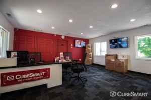 CubeSmart Self Storage - Cromwell - Photo 2