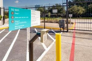 Houston Bargain Storage - 12555 Northborough Drive - Newly Remodeled! - Photo 5