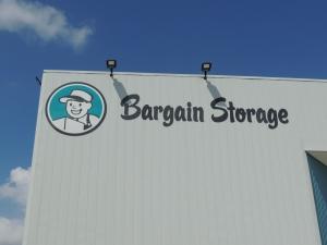 Houston Bargain Storage - 12555 Northborough Drive - Newly Remodeled! - Photo 6