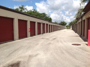Image of Life Storage - Orlando - Curry Ford Road Facility on 4020 Curry Ford Rd  in Orlando, FL - View 4