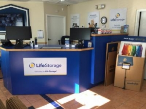 Life Storage - Sarasota - Fruitville Road - Photo 7