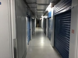 Life Storage - St. Petersburg - 94th Avenue North - Photo 4